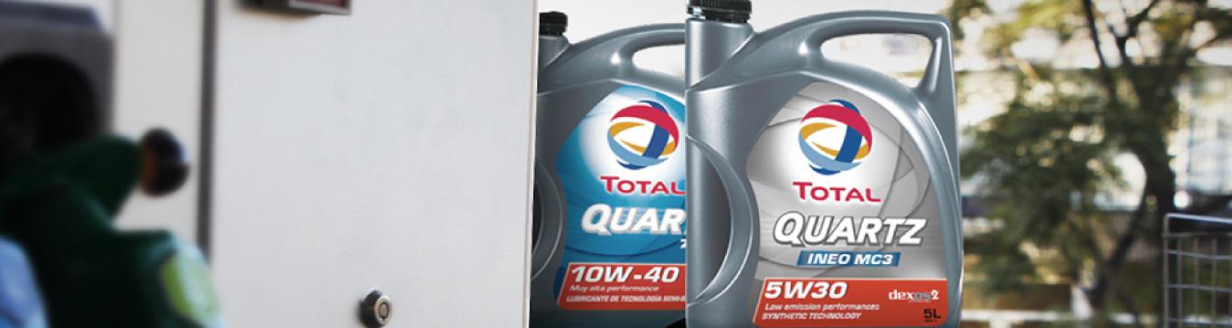 Refinor avanza con su apuesta en la mejora de la experiencia del cliente en su red de Centros de Servicios y presenta un nuevo acuerdo comercial con Total Especialidades Argentina a través de su marca de lubricantes TOTAL QUARTZ.